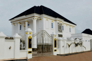 Checkout The Luxurious Mansion Comedian I Go Dye Builds For His Mum (Photos)